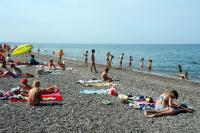 пляж - мелкая галька